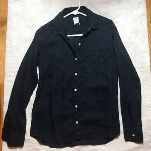 Gap casual button down shirt in Dark Denim Color